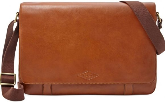 Fossil Aiden Leather Messenger