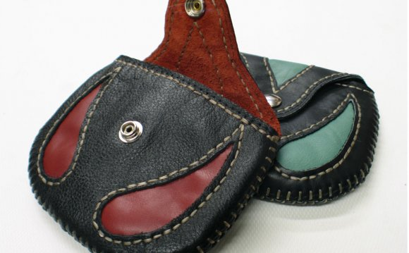 Hand sewn leather coin purse