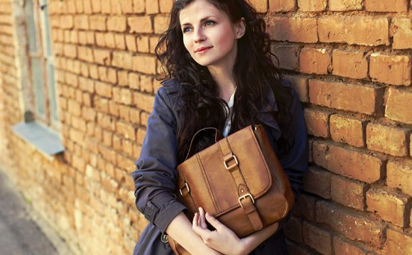 How to care leather handbags