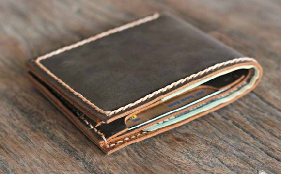 Personalized Bifold Leather