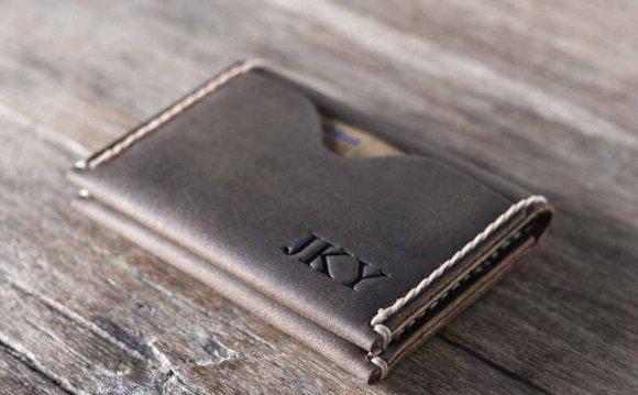 Grade Minimalistic Leather