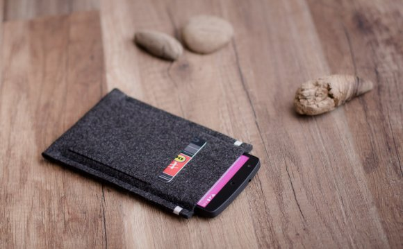 Nexus 5 Leather Wallet Case