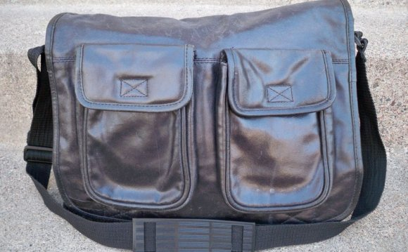Wilsons Leather Messenger Bags